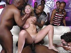 What a hot whore wife. She needs to do a gang bang at he club. They should fuck her ass and make hubby lick it out.